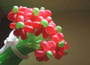 цветы из надувных шаров своими руками