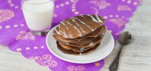 шоколадные оладьи на молоке