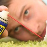 как очистить жвачку с wd-40