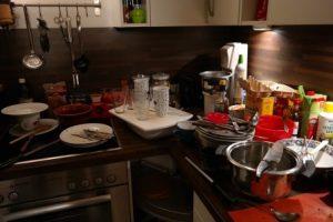 как быстро убраться на кухне