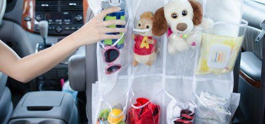 как занять ребенка в машине